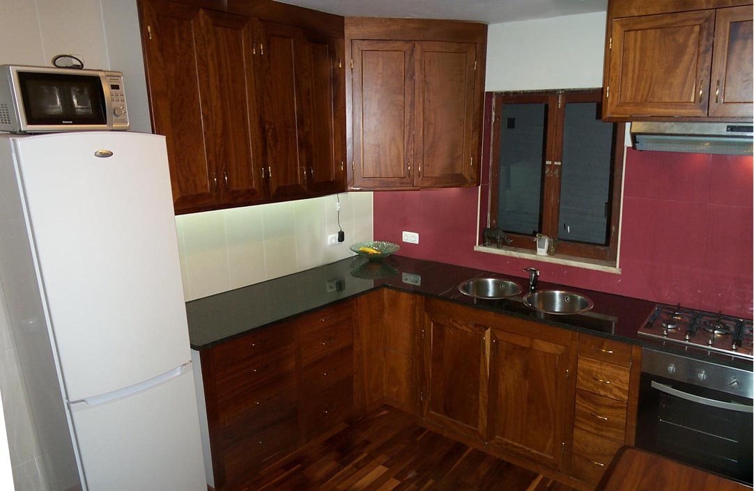 the kitchen cabinet doors have solid wood panels flat though i don 39 t